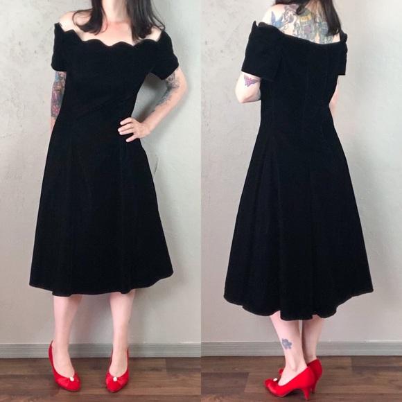 Vintage Dresses & Skirts - Vintage 1980s Black Velvet Dress Off the Shoulder